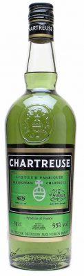 Una bottiglia di LIQUORE CHARTREUSE VERDE 70CL - Peres Chartreux