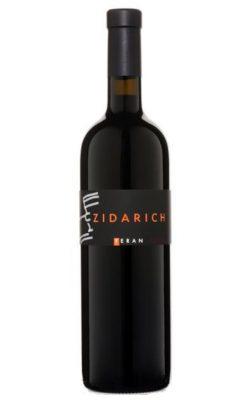 Una bottiglia di Terrano Zidarich 2015 IGT